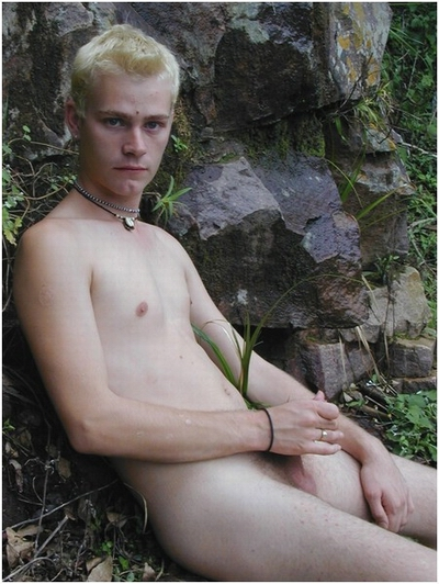 This blond sweetie takes part in young gays porn session for the first time.
